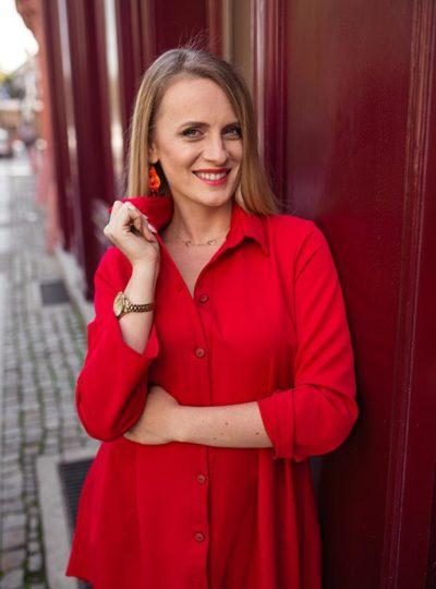 Sukienka czerwona szmizjerka